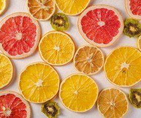 Sušenje sezonskog voća i povrća kao priprema za zimu